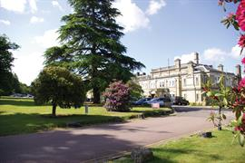 chilworth-manor-grounds-and-hotel-03-83920