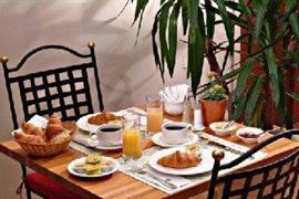 92933_002_Restaurant