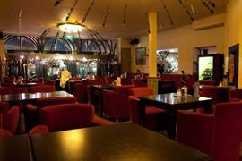 92694_005_Restaurant