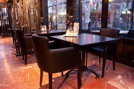 92694_006_Restaurant