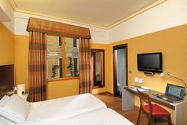 98097_007_Guestroom