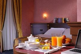 98124_006_Guestroom