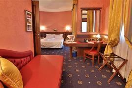 98124_007_Guestroom