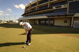 97360_006_Golfcourse
