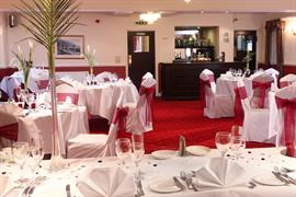 claydon-country-house-hotel-wedding-events-08-83676