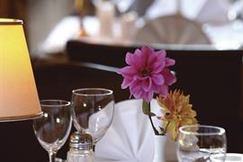 clifton-hotel-dining-10-83677-OP