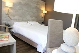 93633_006_Guestroom