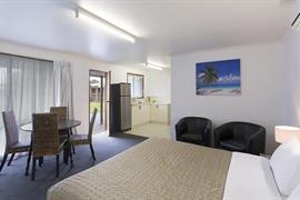 97433_007_Guestroom