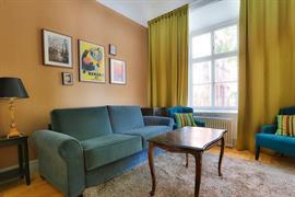 88201_006_Guestroom