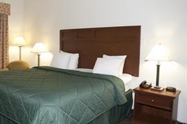 44626_002_Guestroom