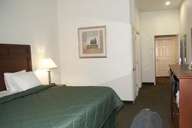 44626_003_Guestroom