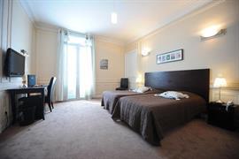 93090_003_Guestroom