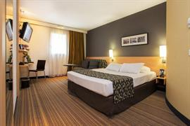 93576_005_Guestroom