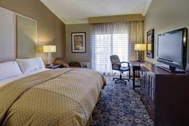 05259_015_Guestroom