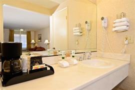 05456_005_Guestroom