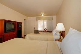 05477_007_Guestroom