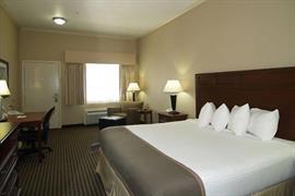 44656_006_Guestroom