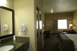 44656_007_Guestroom