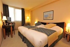 93536_006_Guestroom