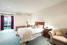 97273_004_Guestroom