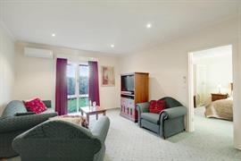 97273_006_Guestroom