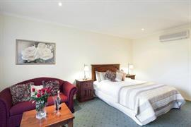 97273_007_Guestroom