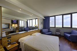 98172_007_Guestroom