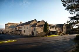 derwent-manor-hotel-grounds-and-hotel-03-83826