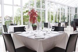 diplomat-hotel-dining-01-83428