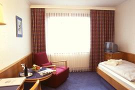 95125_003_Guestroom