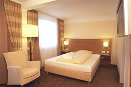 95125_007_Guestroom