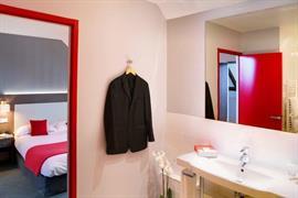 93375_002_Guestroom