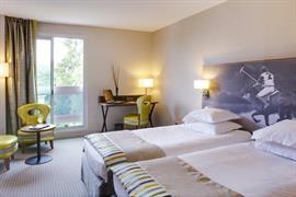 93375_007_Guestroom