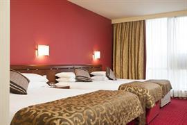 84082_004_Guestroom