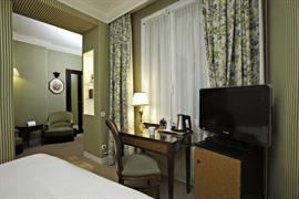 93530_006_Guestroom
