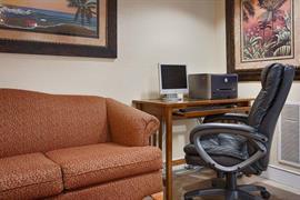 10360_002_Guestroom
