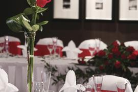 eglinton-arms-hotel-wedding-events-14-83533-OP