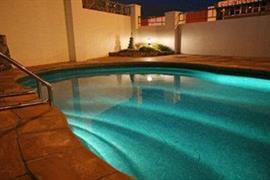 85451_005_Pool