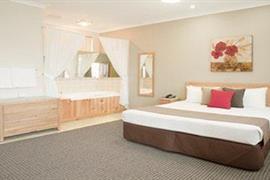 90912_003_Guestroom