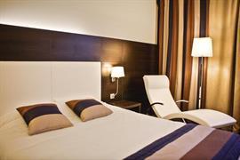 93686_003_Guestroom