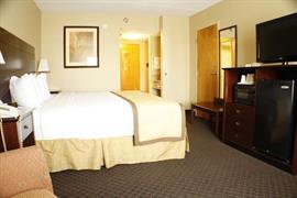 47116_006_Guestroom