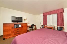 32101_006_Guestroom