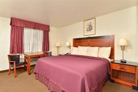 32101_007_Guestroom