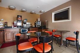 36095_004_Restaurant
