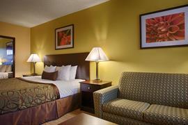 44429_007_Guestroom