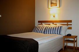 88198_002_Guestroom