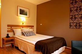 88198_005_Guestroom