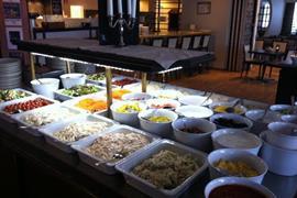 88198_006_Restaurant
