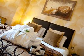 feathers-hotel-bedrooms-35-83930