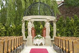 fir-grove-hotel-wedding-events-03-83688
